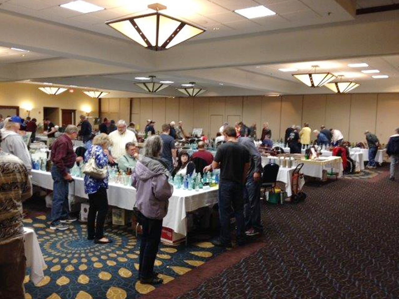 A crowd developed around the sales tables of Jr. Gibson and Bill Vander Veen.