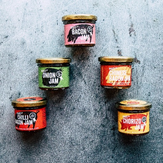 Eeeny, meeny, miny.....BACON! 🥓 Buy any two jars of #baconjam and get a jar of our #vegan onion jam FREE! 🙌🏼 What are you waiting for! Hit the link in our bio 👆🏻and get cracking! 💚