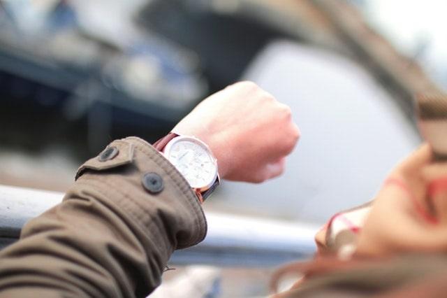 SEGALL-checking-time-wrist-watch-min.jpeg
