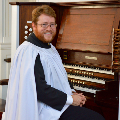 """Organist David Sinden provided masterful accompaniment for the choir — shading all the crevices, plumbing the depths, and exalting the peaks"" - - The Diapason, February 2008"
