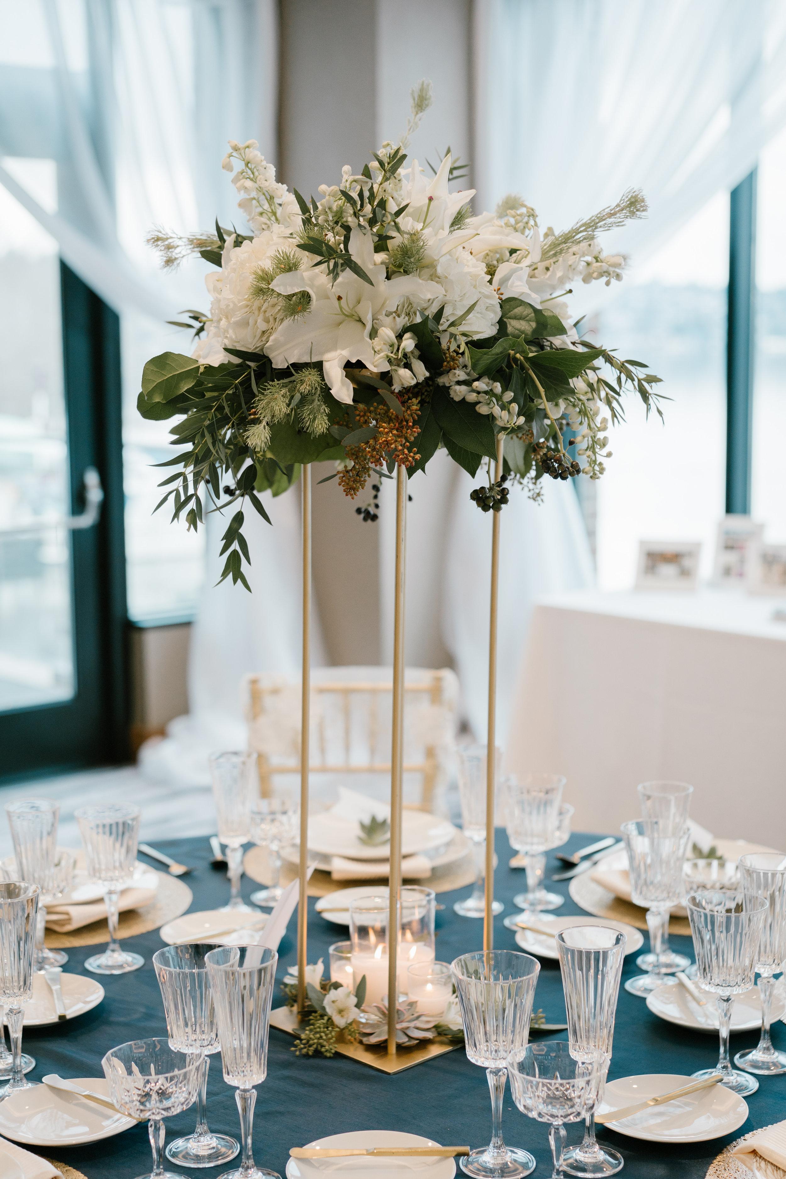 Gold Wedding Stand Centerpieces