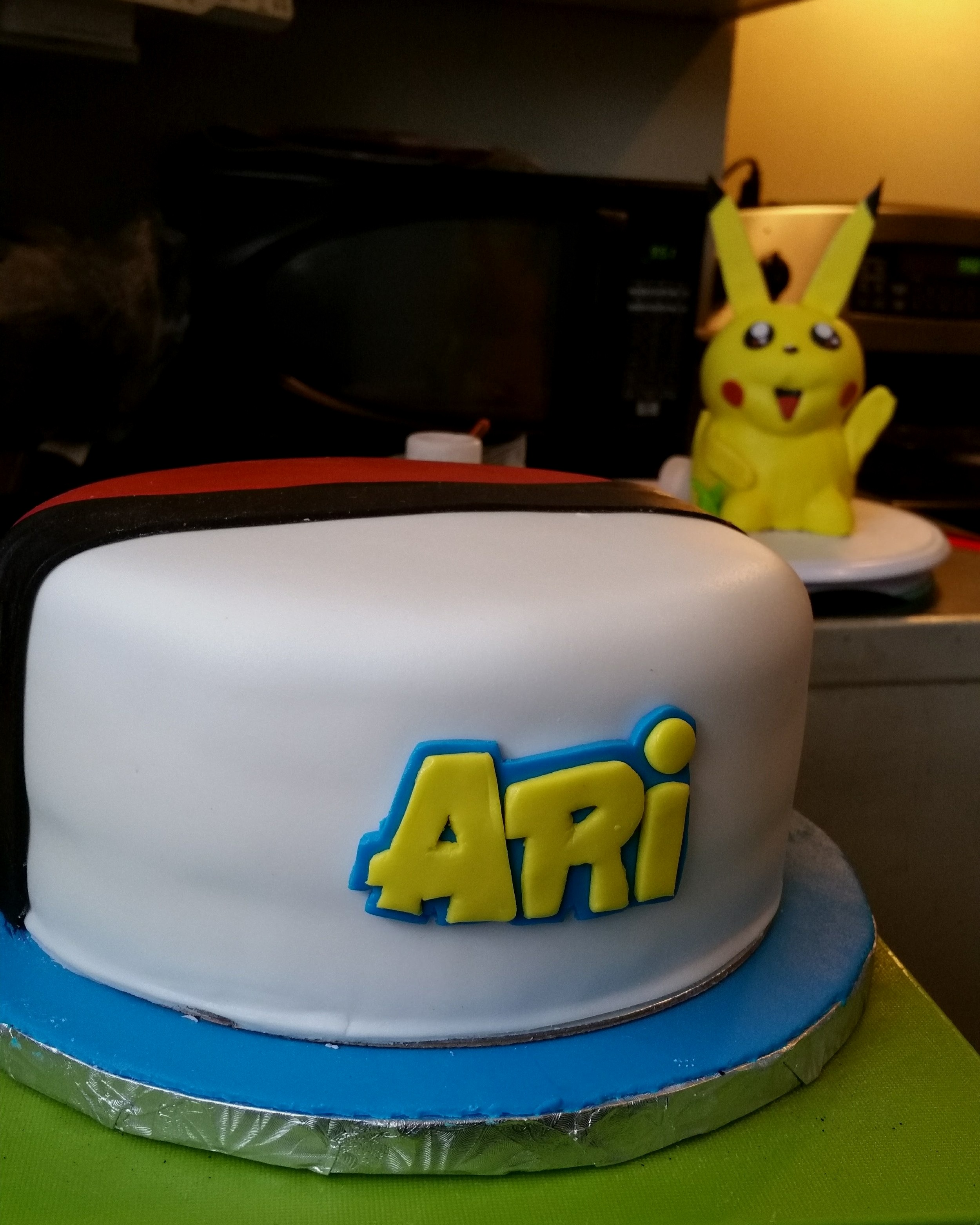 pokiemon cake