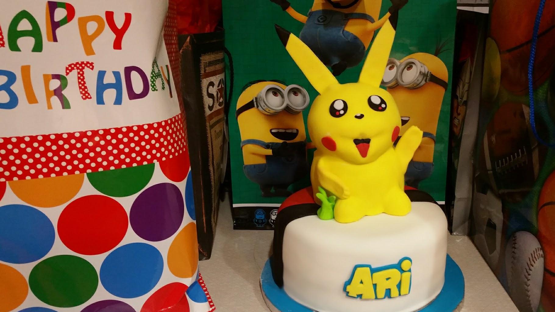 pikachu pokemon birthdy party
