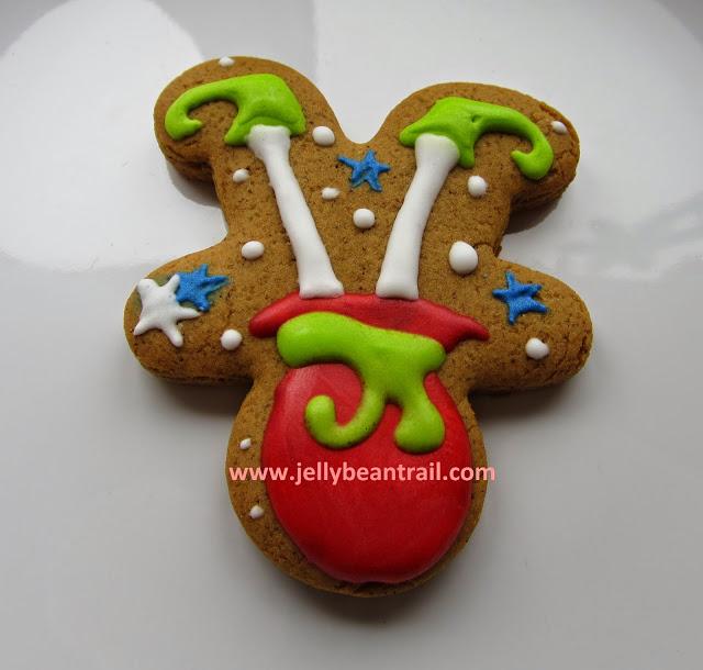 elf in a sack christmas gingerbread man cookies jellybeantaril.jpg