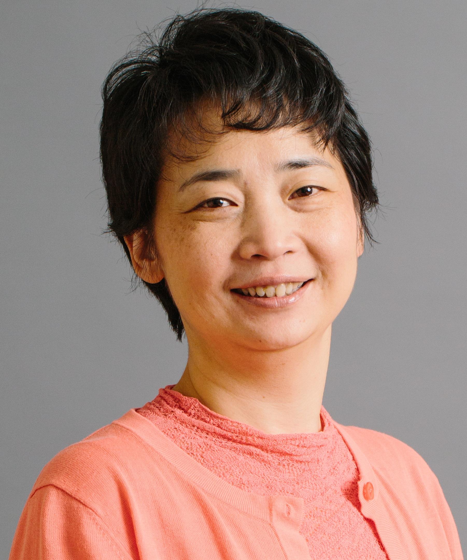 Ying+Wang+-+Headshot.jpg