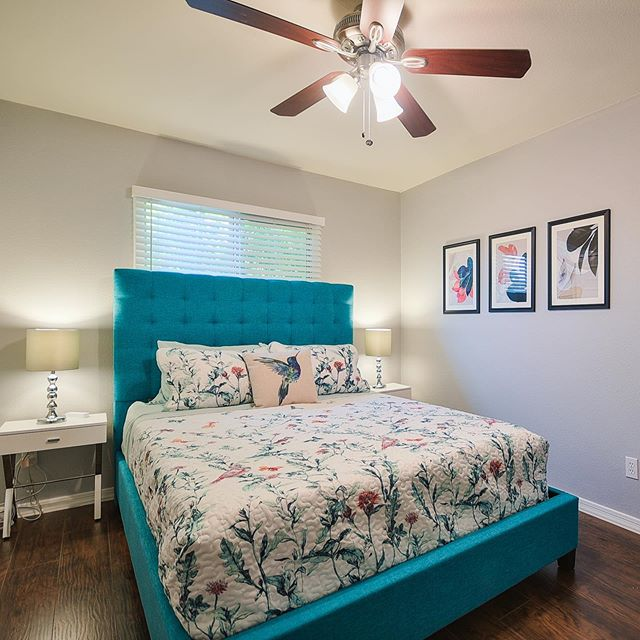 Love how this bedroom came out. There is a hummingbird on the pillow and a wonderful piece of artwork with the same theme. #airbnb #scottsdalekingaz #scottsdale #airbnbdesign