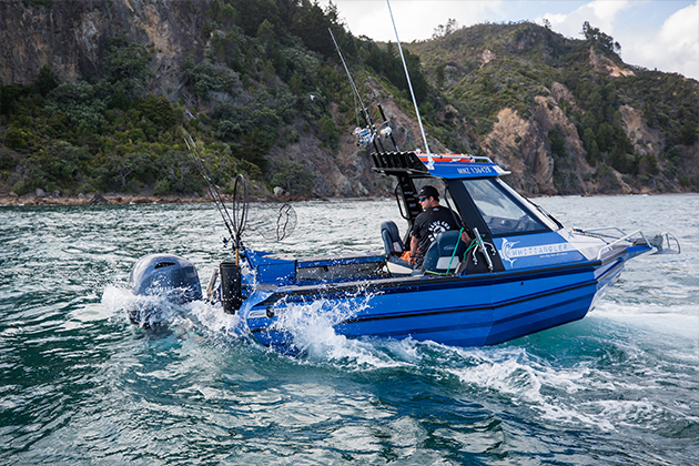 stabicraft 1850 supercab - Designed to meet market demand for a small, light, trailer-friendly, all-weather boat. The Stabicraft Supercab 1850 aluminium chambered boat defies its size to perform above its class.