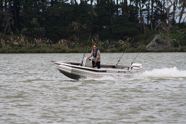 stabicraft 1410 frontier - With its shallow draft and fantastic stability the 1410 Frontier is a popular hull for inshore and lake fishermen. Popular with raised Wing Style Coamings and transom, this hull gives confidence well above expectations.