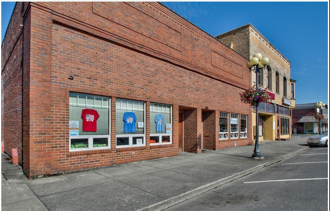 Conference Center, Shared Workspace - 806 Metcalf, Sedro Woolley, WAASKING: $525K