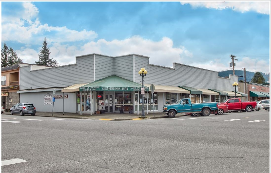Lease As-is or Expand as a Business Center - 901 -905 Metcalf St, Sedro Woolley, WAASKING: $660K
