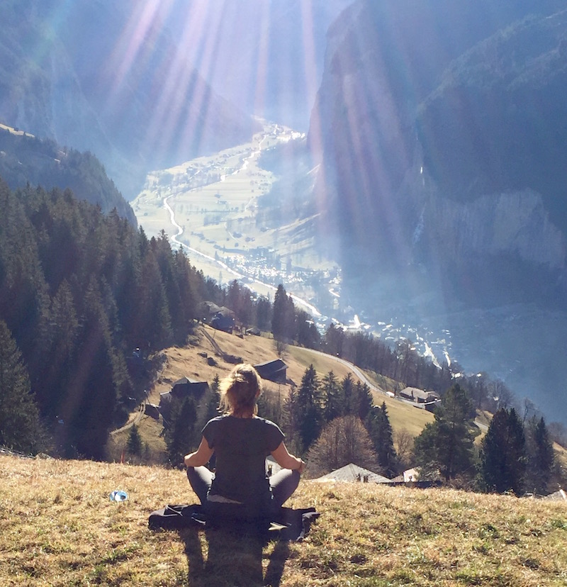 kate+meditation+pose+wengen+800.jpg