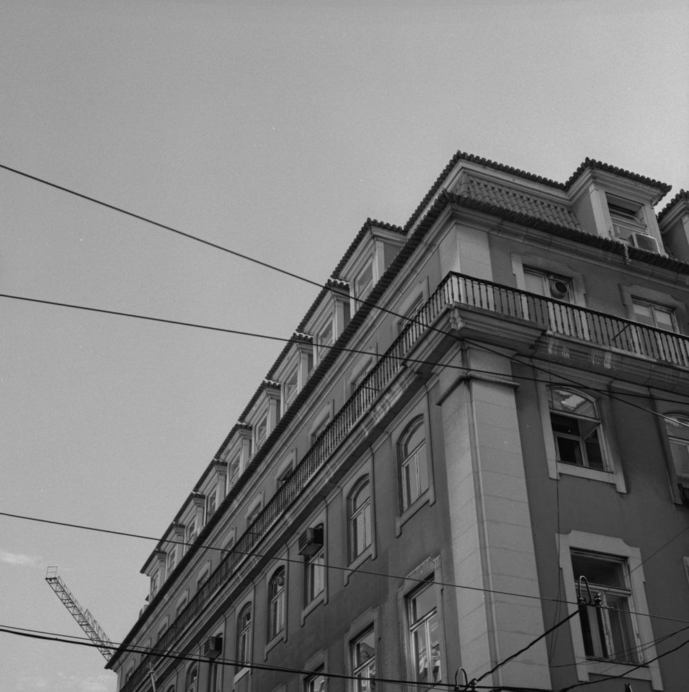 TriX-Lisbon-WalkingAround6 4.jpg