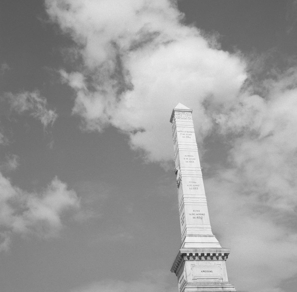 TriX-Lisbon-WalkingAround6 10.jpg