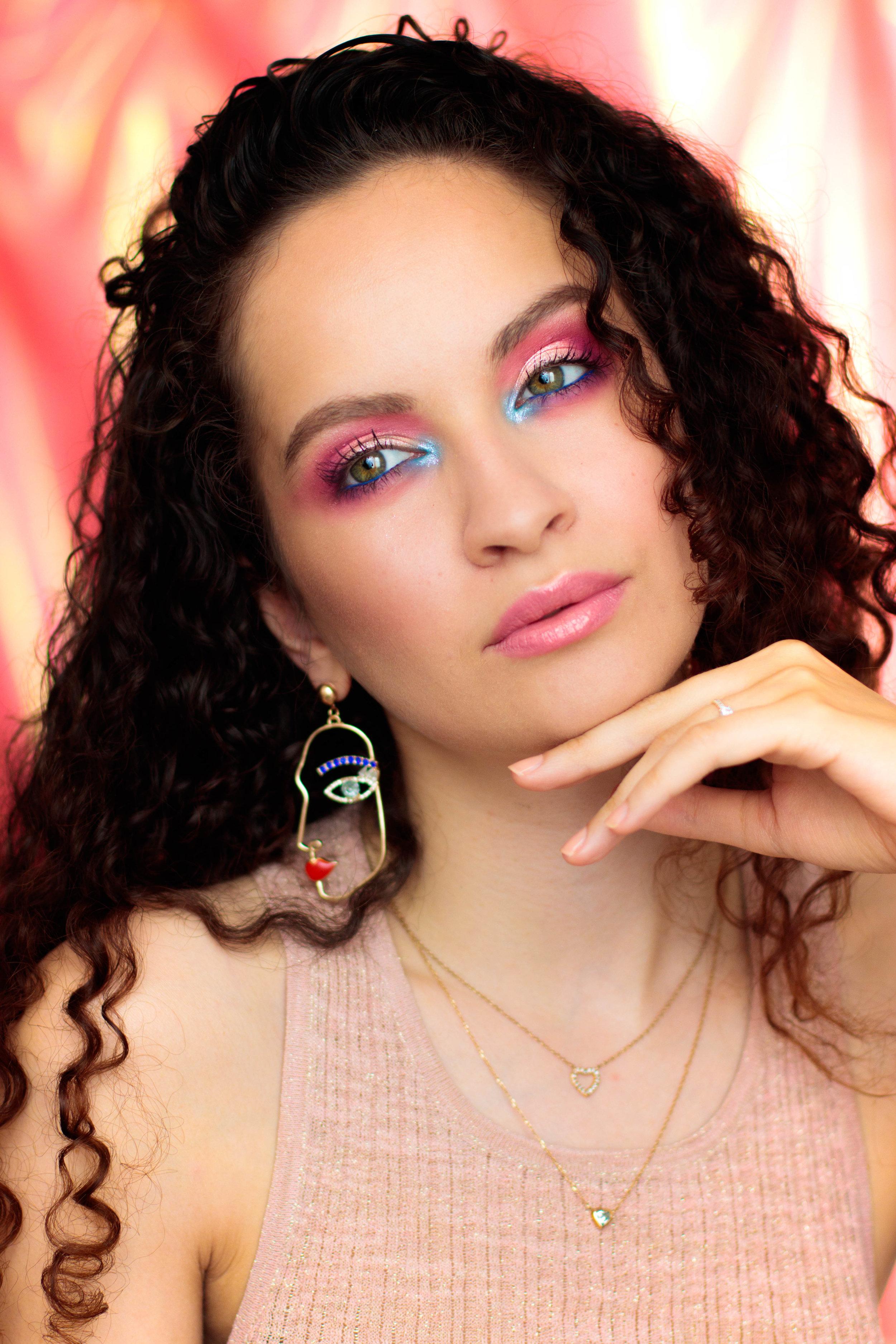 paradise-makeup-pauuulette-eyn-bright-matte-beauty-bay-1.jpg