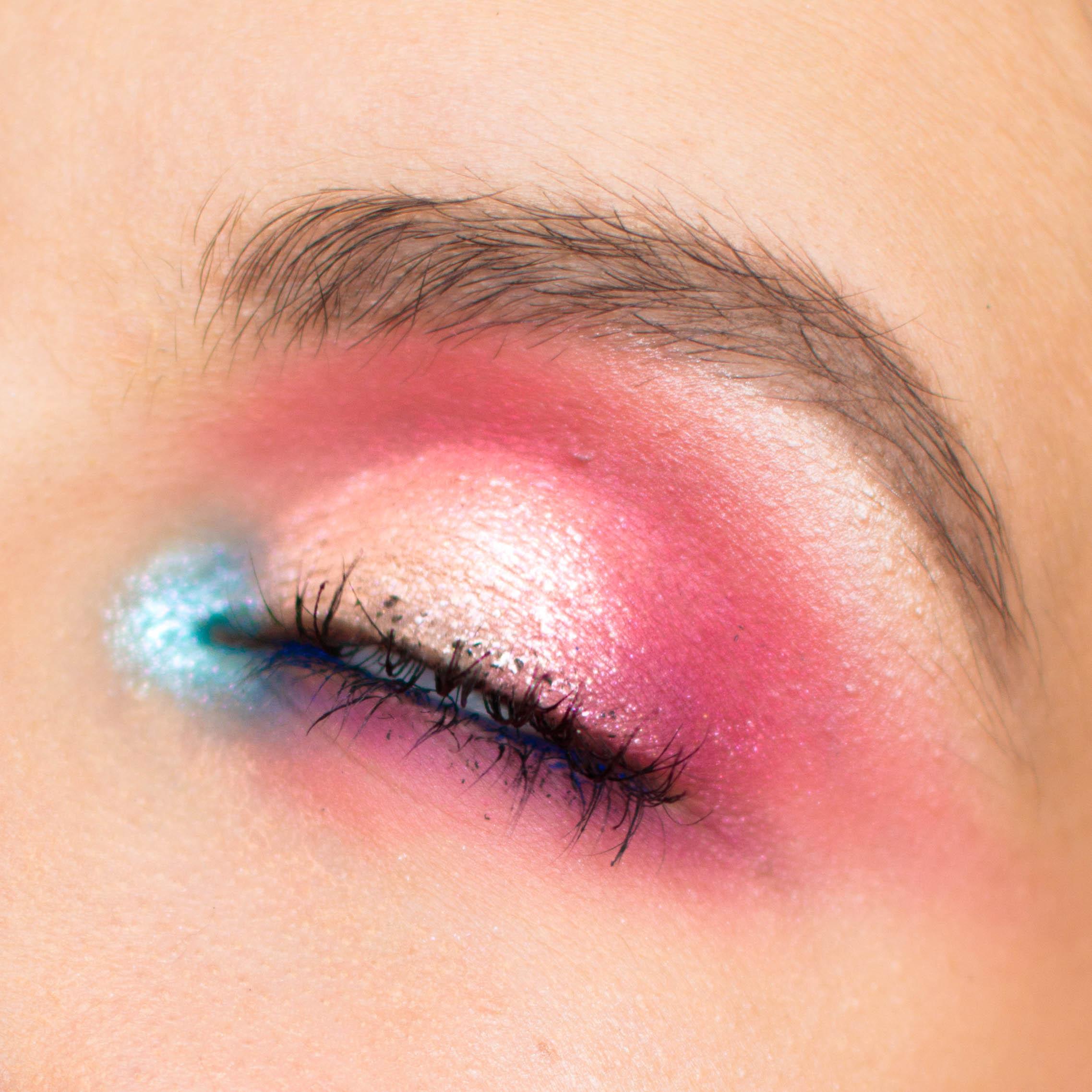 paradise-makeup-pauuulette-eyn-bright-matte-beauty-bay-close-up.jpg