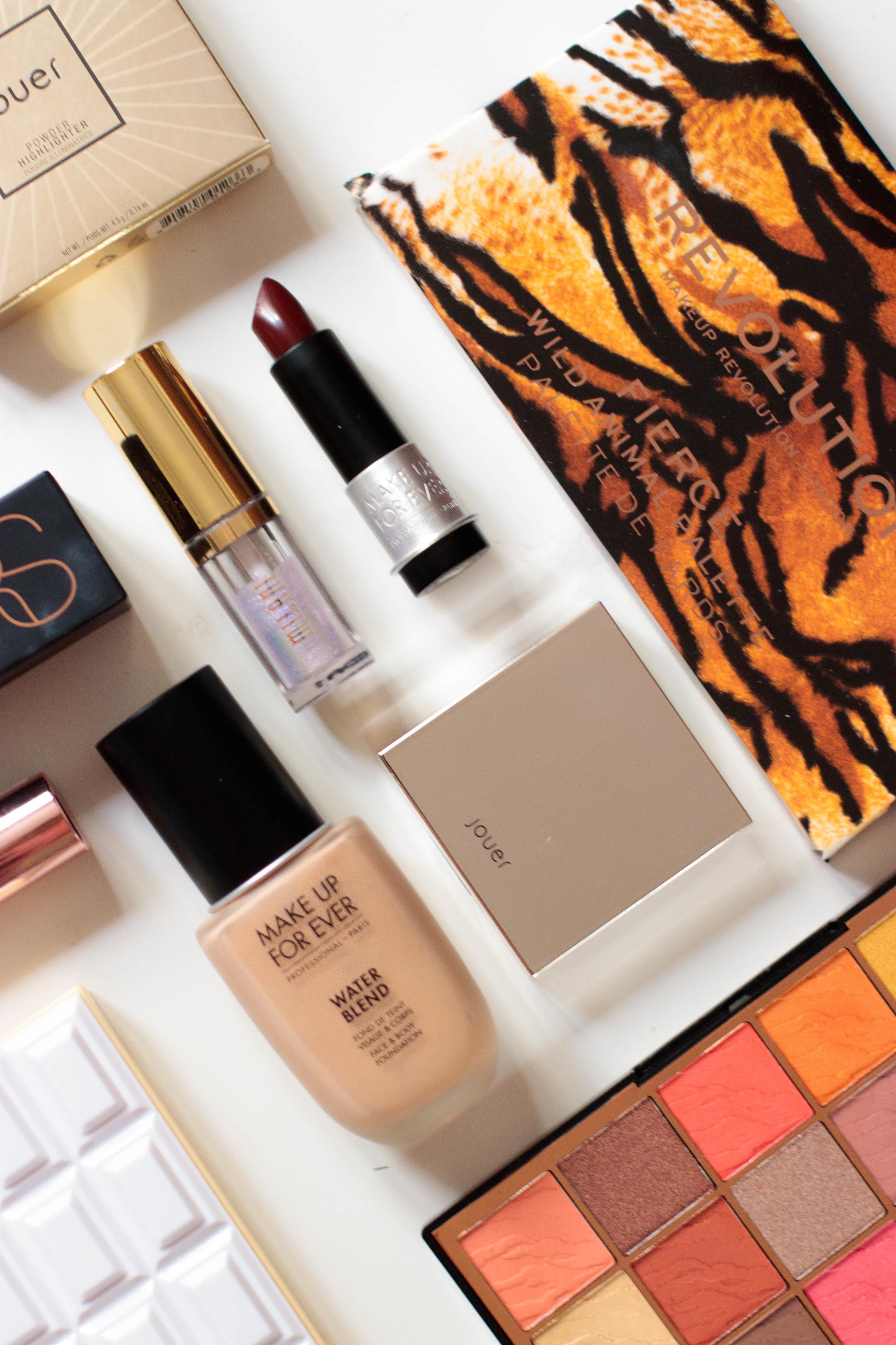 gumball-makeup-pauuulette-i-heart-revolution-sprinkles-palette-wild-animal-fierce-artist-rouge-water-blend.jpg