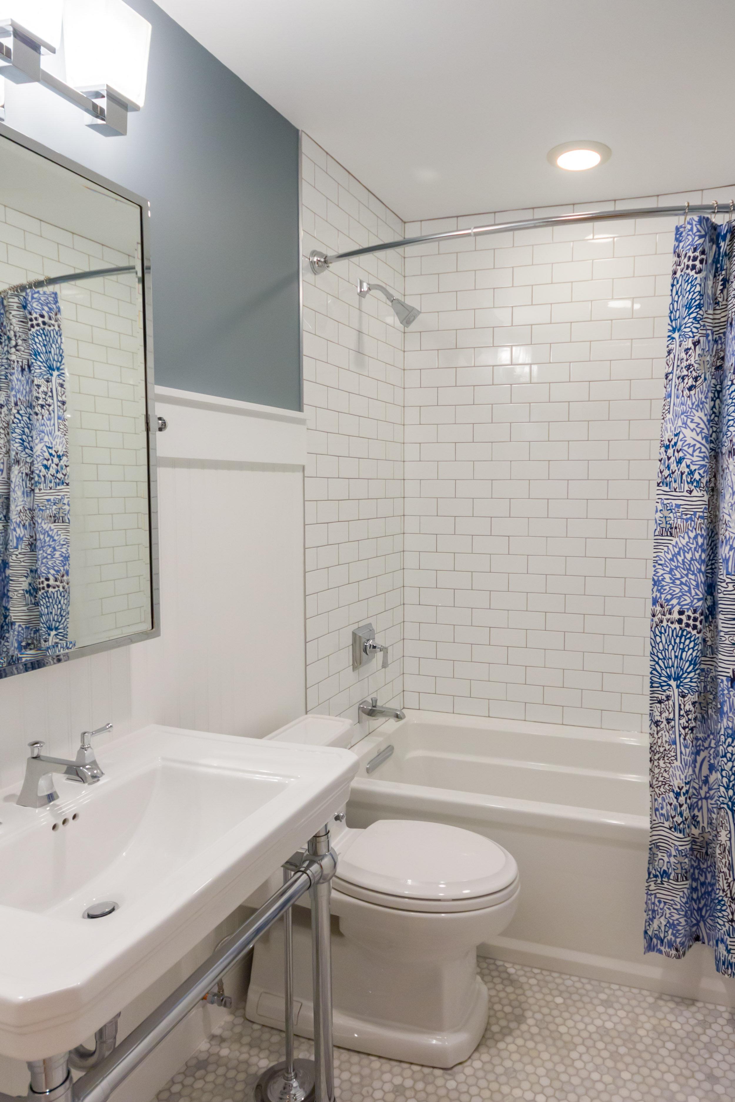 Classic Chicago Bathroom Remoodel Design Inside