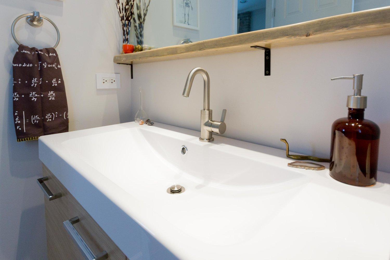 Rustic Modern Bathroom Design Inside