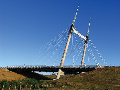Ormiston Rd Bridge.jpg