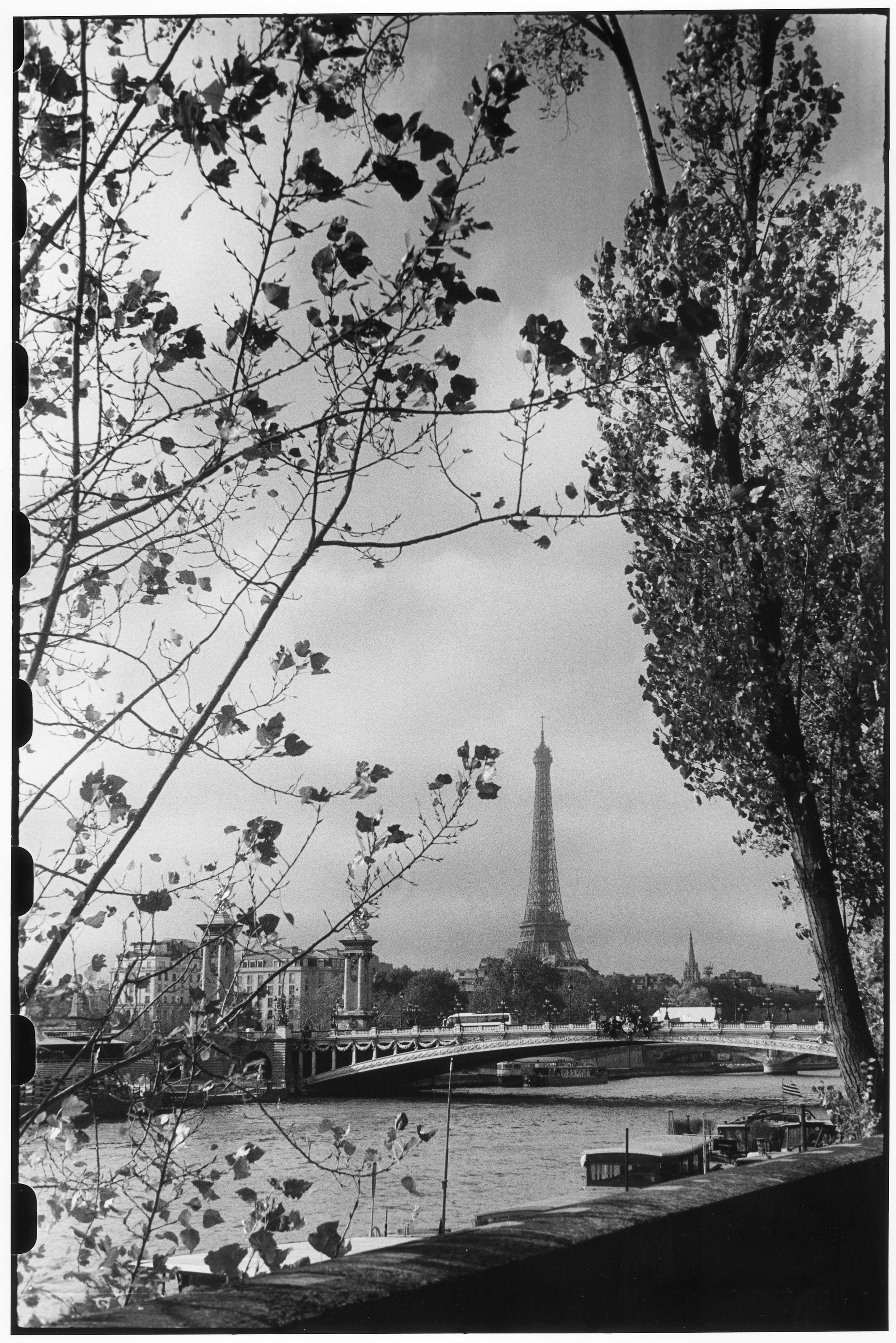La tour Eiffel en novembre