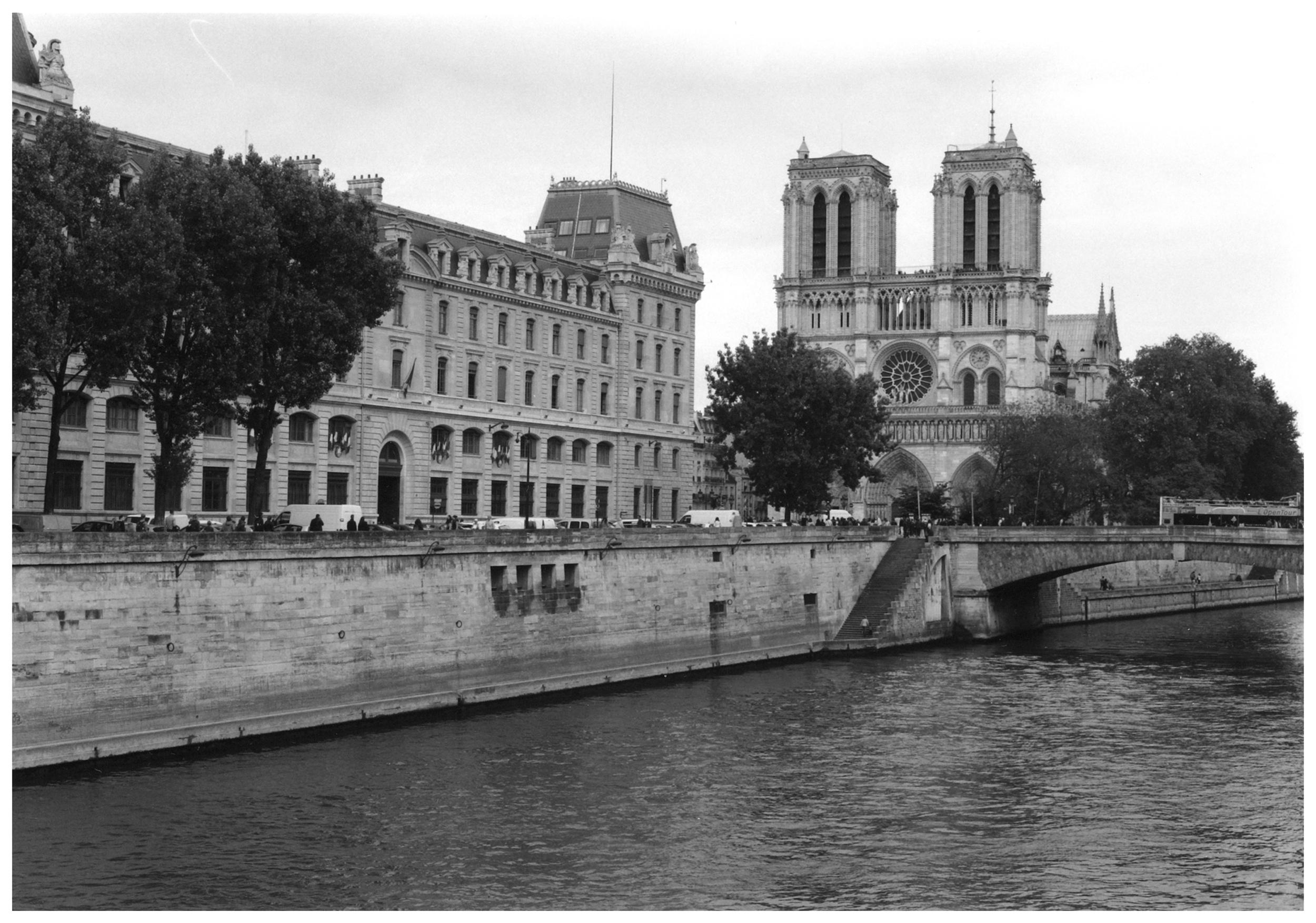 Notre Dame de Paris et la Seine