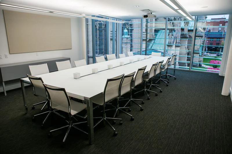 Boardroom 3.jpg