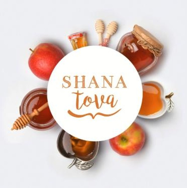 Shanah Tovah! #HappyNewYear to all celebrating! . . . . . #shanahtovah #happynewyear #jewish #sjcceventvenue #cathedralcentre #stjamescathedralcentre #events #special #venues #corporateevent #corporateevents #corporateeventstoronto #corporate #workshop #conference #reception #eventdecor #wedding #awardsgala #weddingstoronto #cocktail #socialevents #eventprofs #meetingplanner #meetingprofs
