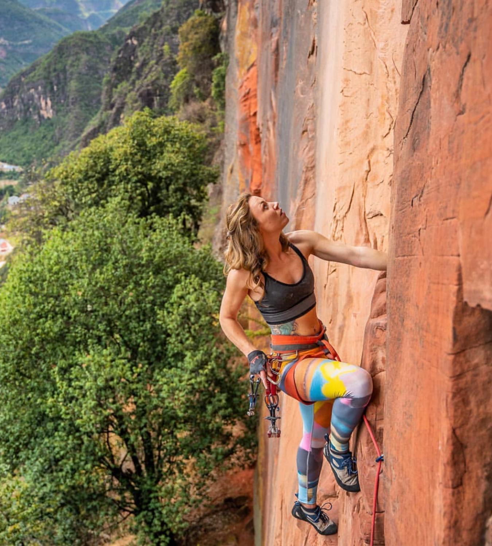 April Davidson - Climber@yeahapril