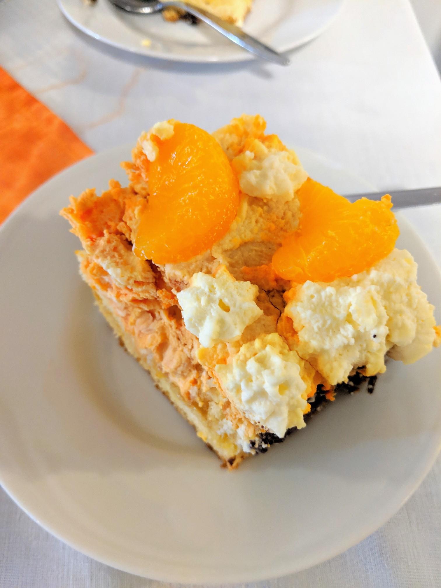 Oranje cake 02.jpg