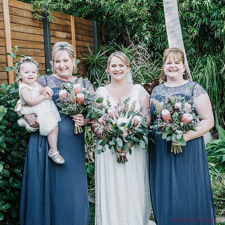 liquidillusion©-laura-bridesmaids.jpg
