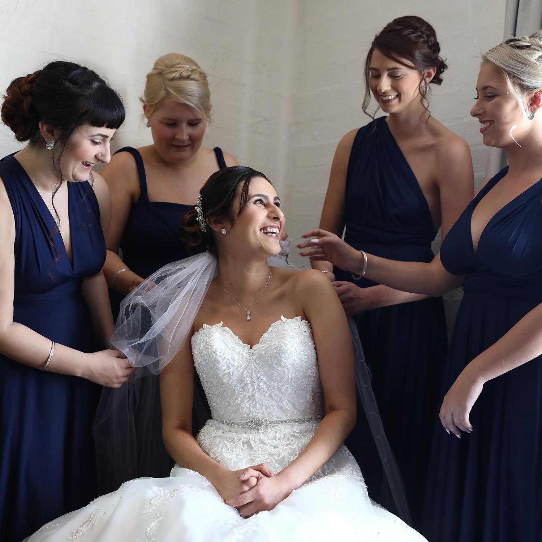 liquidillusion©-corrisa-bridesmaids.jpg