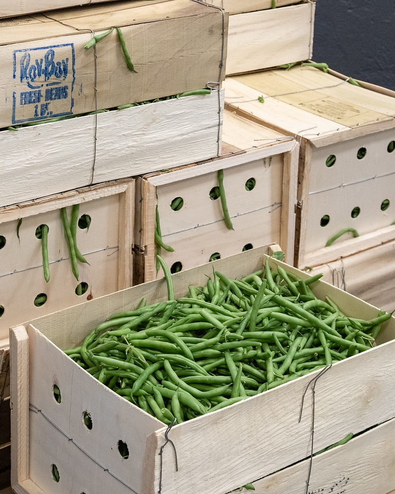 green+beans+in+wooden+crate.jpg