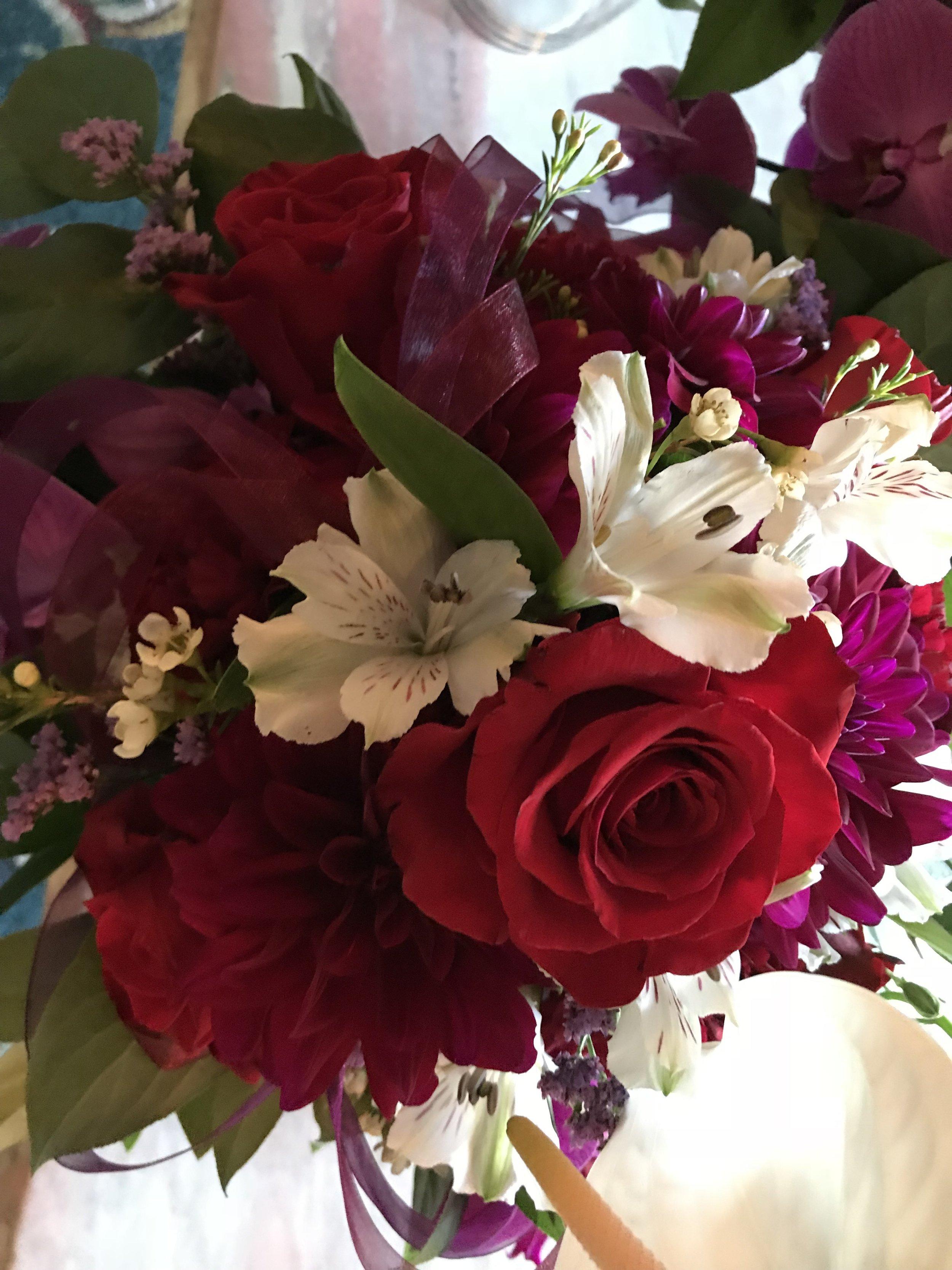 Wedding Attendant's Bouquet - FLO 502
