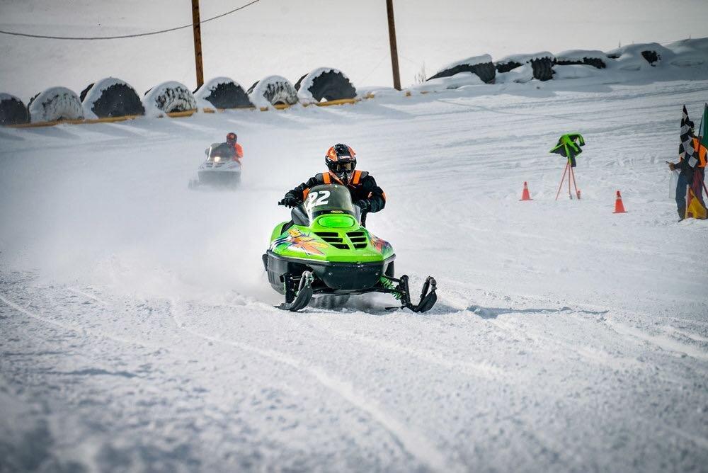 vintage-snowmobile-racersmall.jpg
