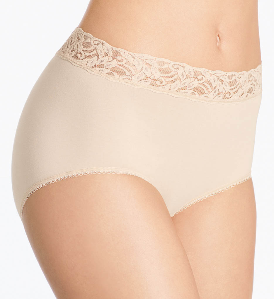 Full Brief with Lace by Wacoal