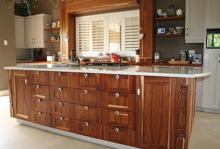 Kitchen-2_3.jpg