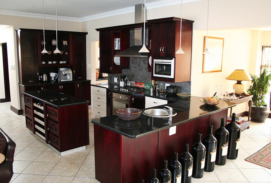 Kitchen-3_3.jpg