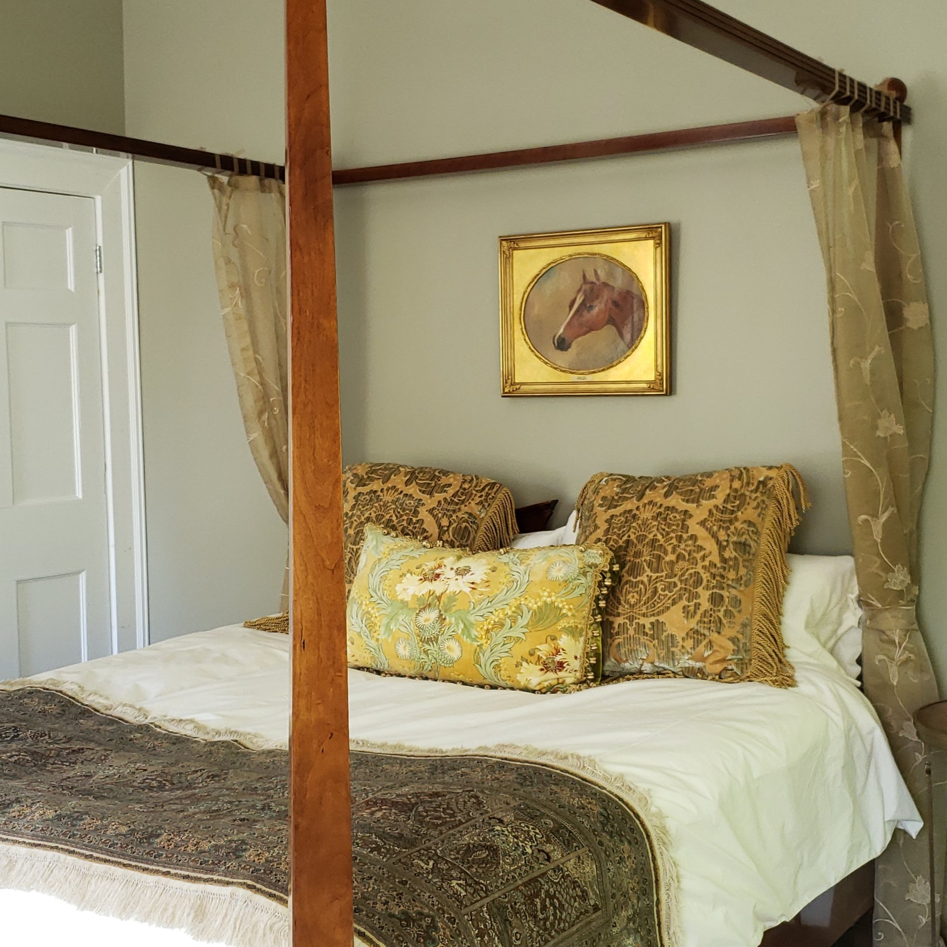 The Empire Suite - King Therion Four Poster Bed • Fireplace • Walk-in Closet • Private bath with glass paneled showerLEARN MORE