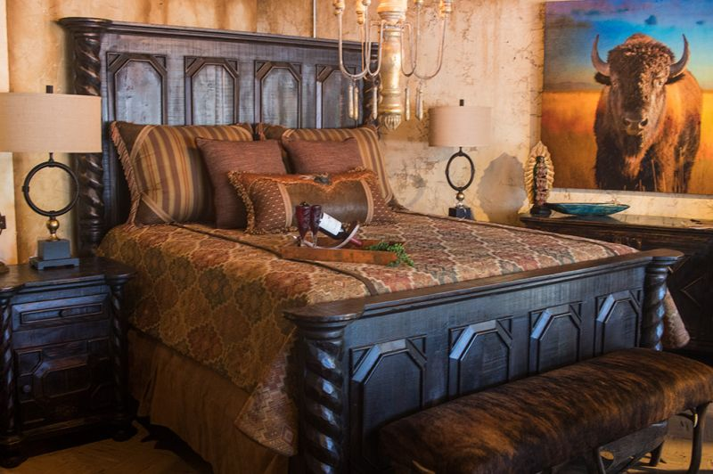Black Cheyenne King Bed