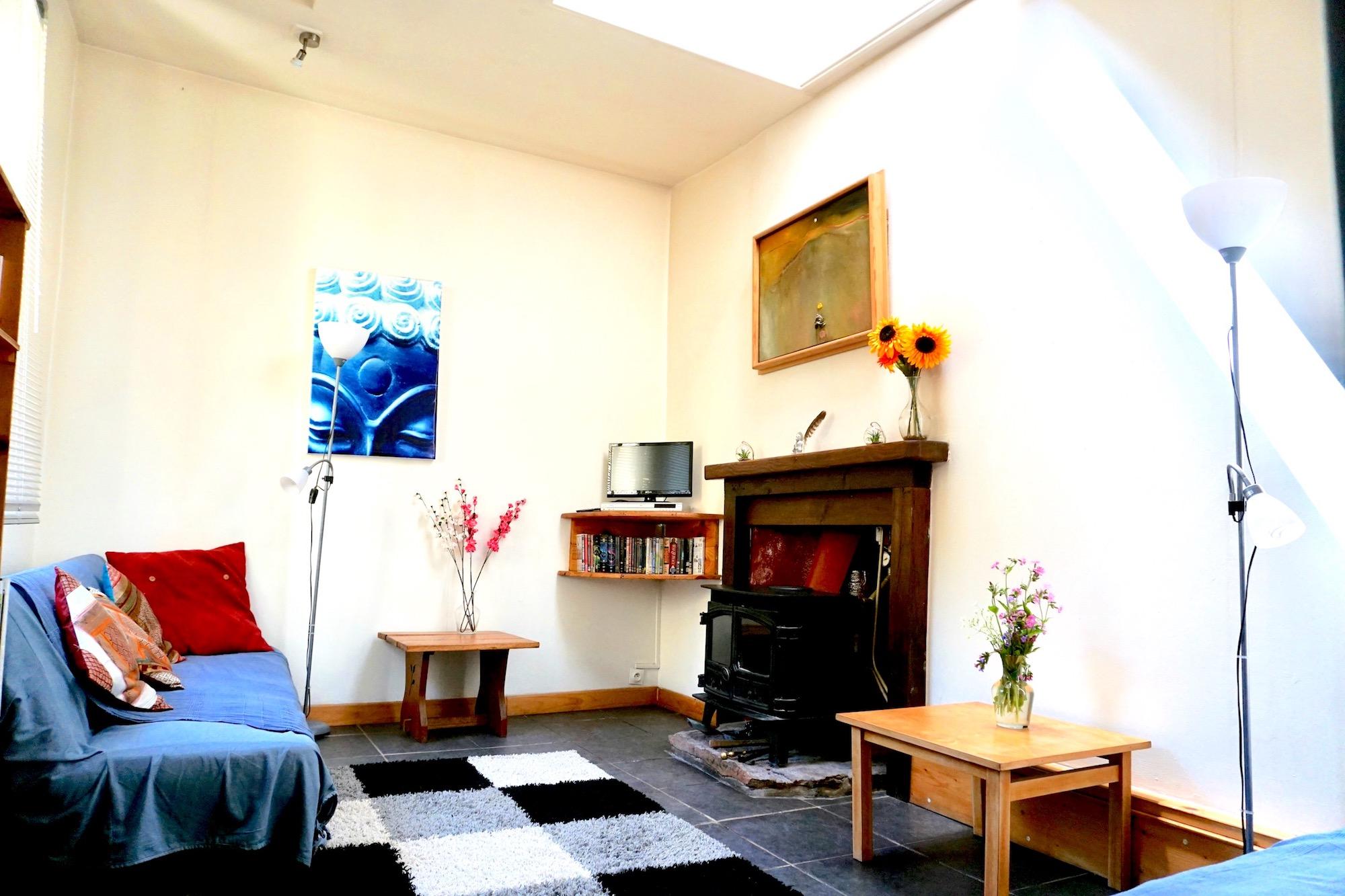 cottage lounge.jpg