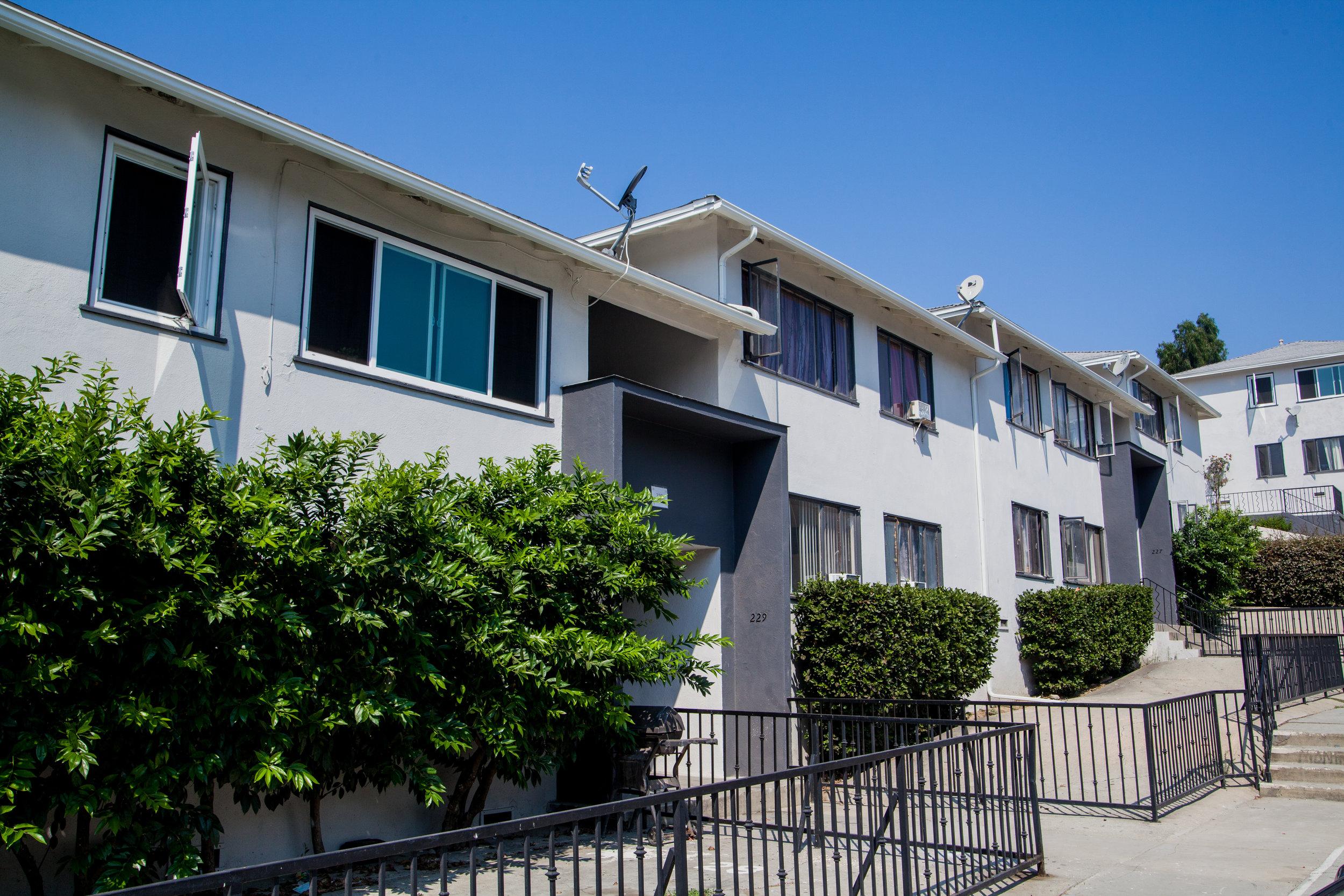 221 Union Pl., Los Angeles, CA - 20 UNITS