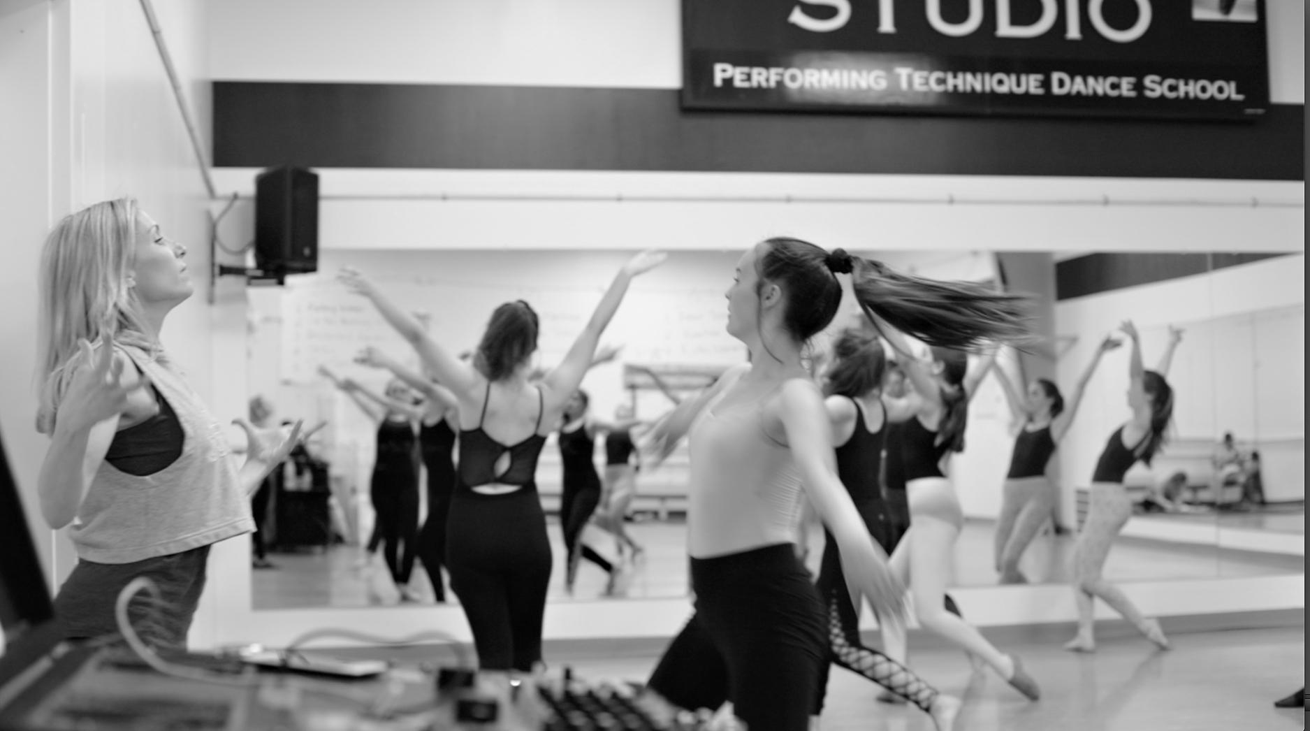 the-studio-dance-school-amador-zams 021.jpg