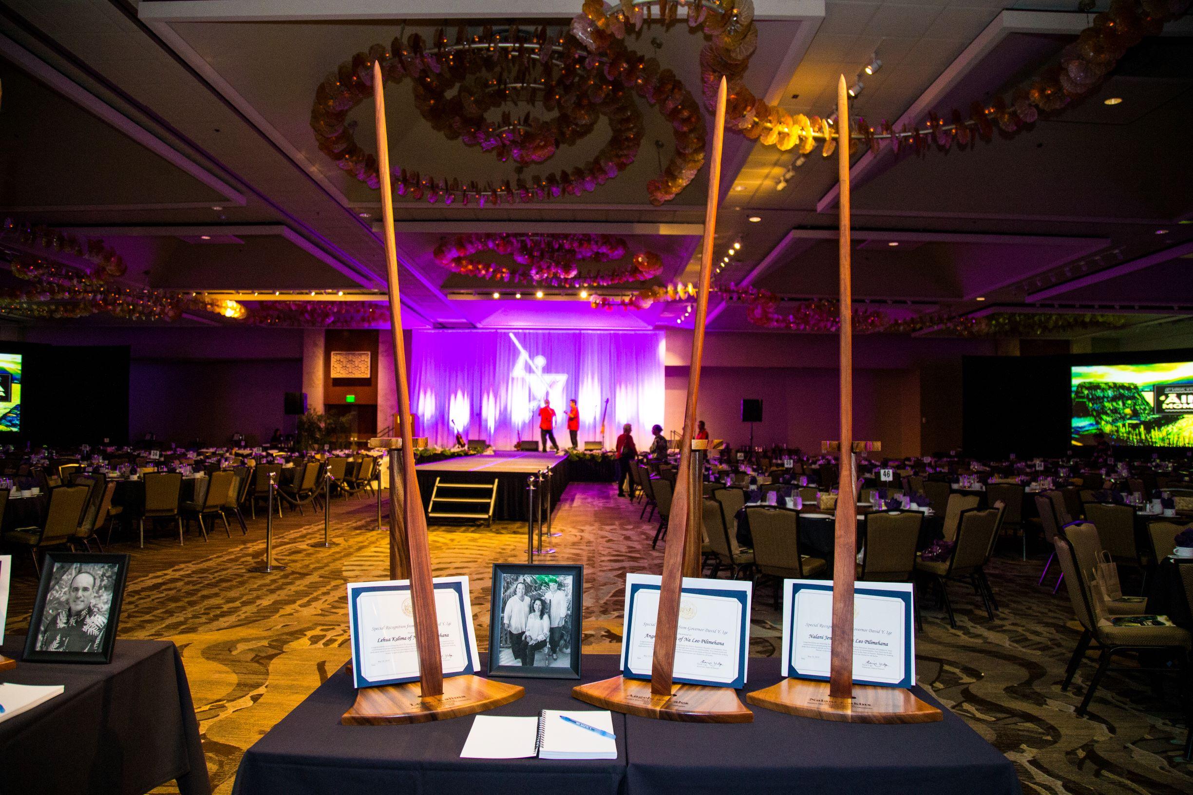NLP_OʻO Awards_006FAV- SMALLER.JPG