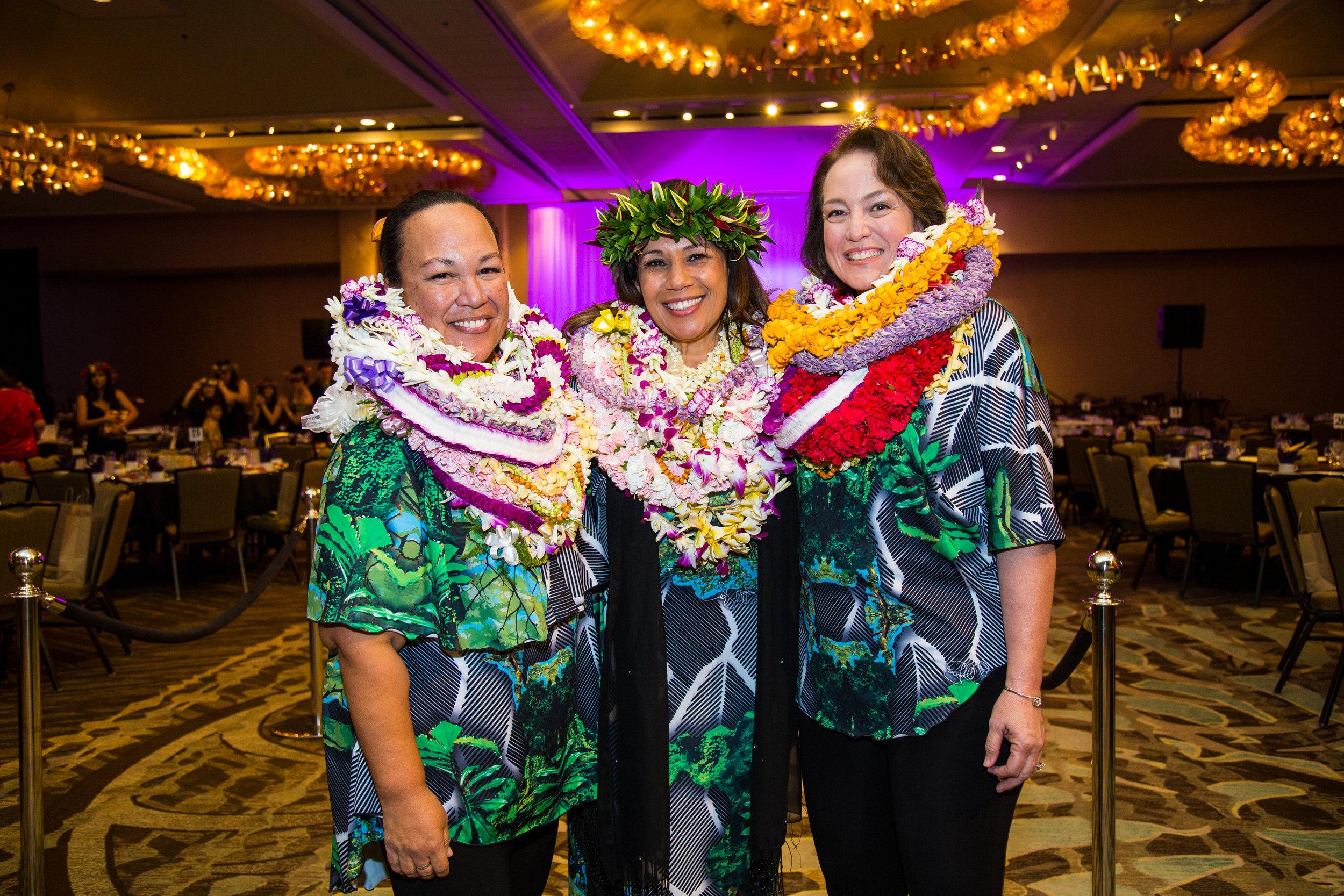 NLP_OʻO Awards_060FAV.JPG
