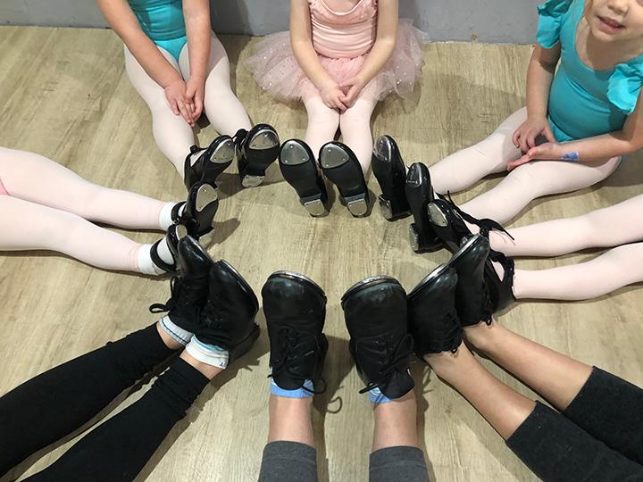 dancers-feet-.jpg