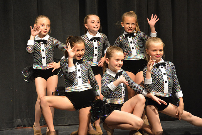 Petite - Dance Company