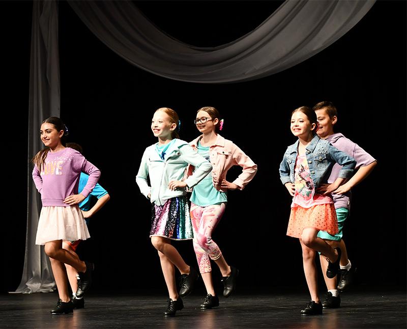 Mini - Dance Company