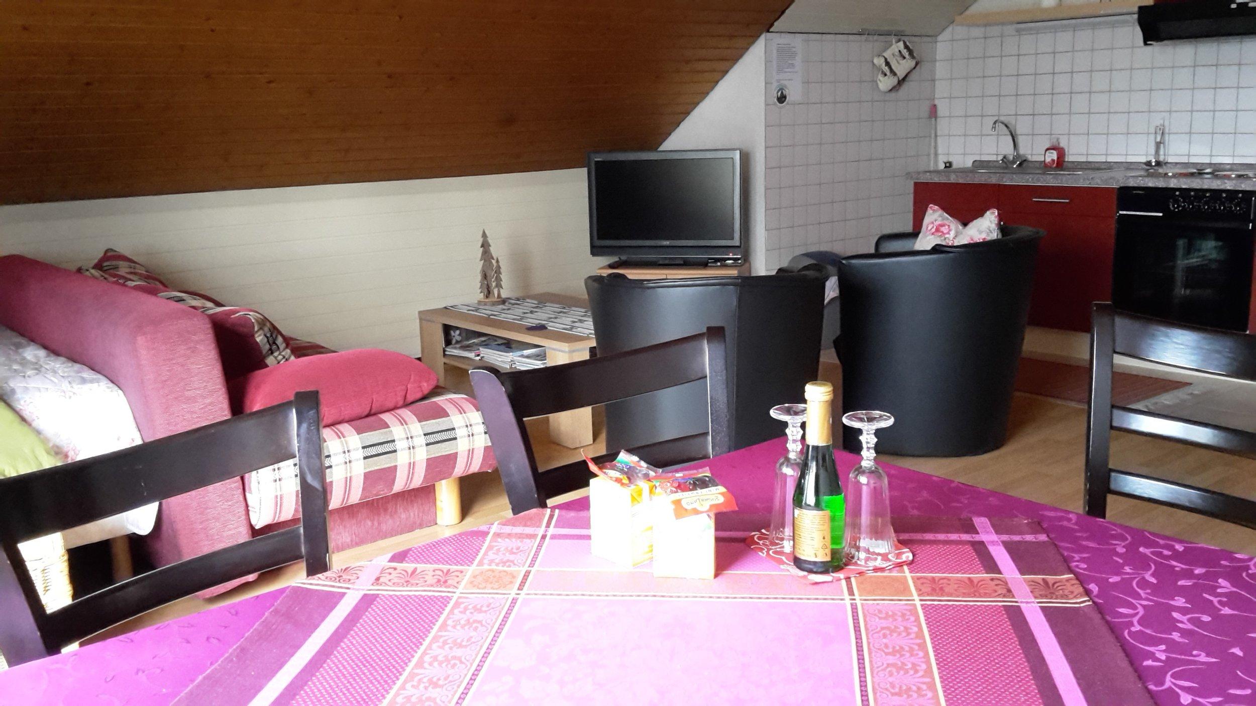 FeWo1 woonkamer.jpg