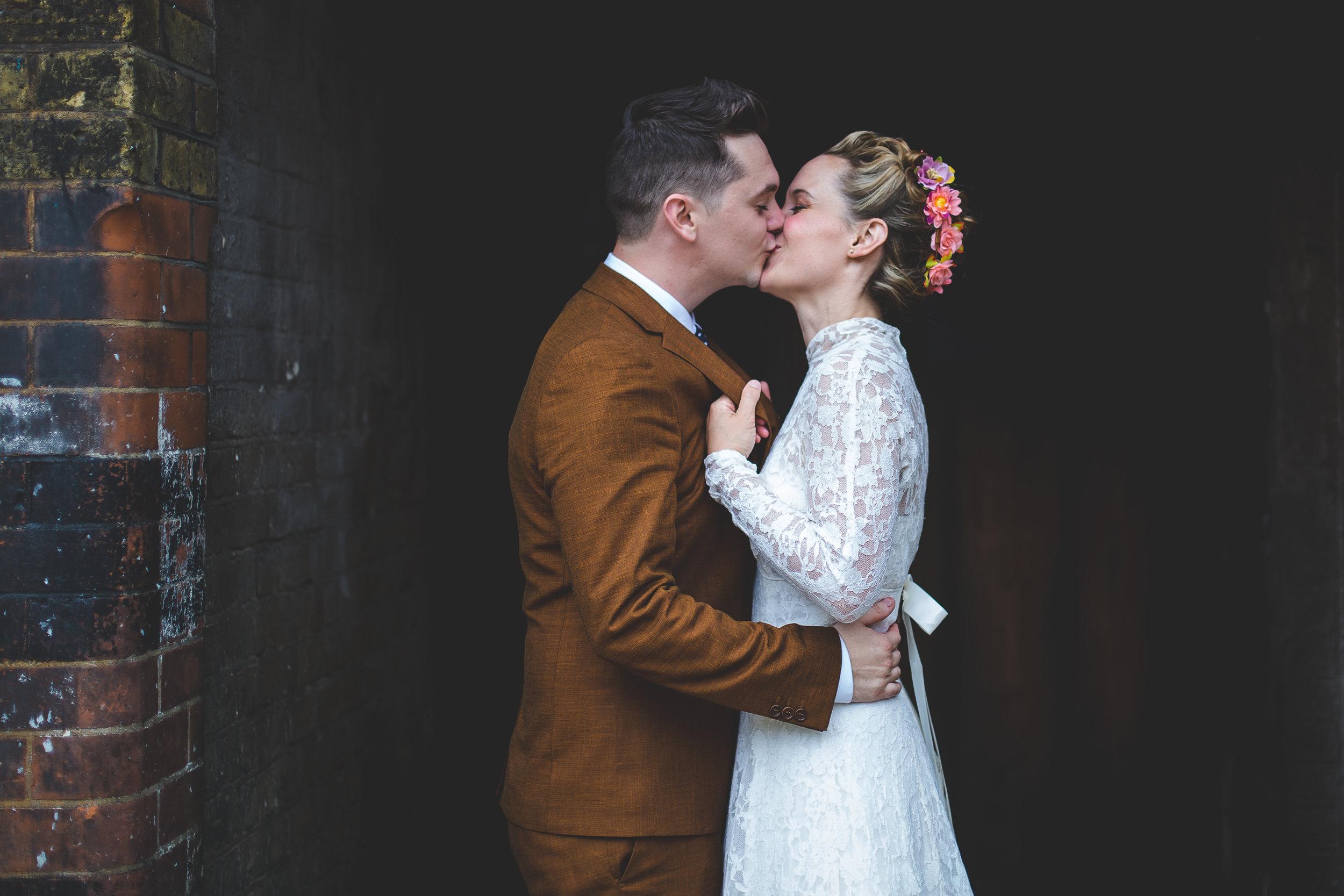 london-wedding-photographer-home-0008.jpg