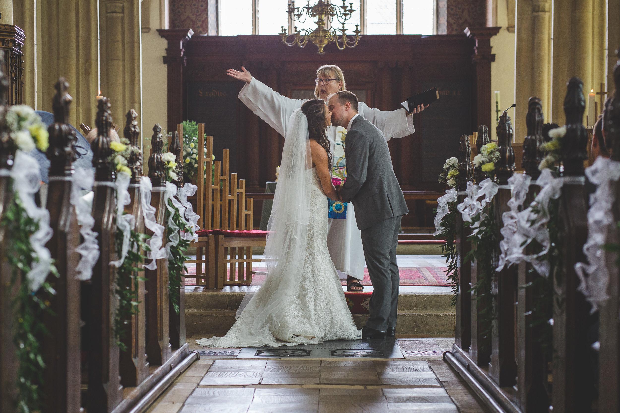 london-wedding-photographer-home-0010.jpg